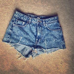 Medium wash high waisted jean shorts